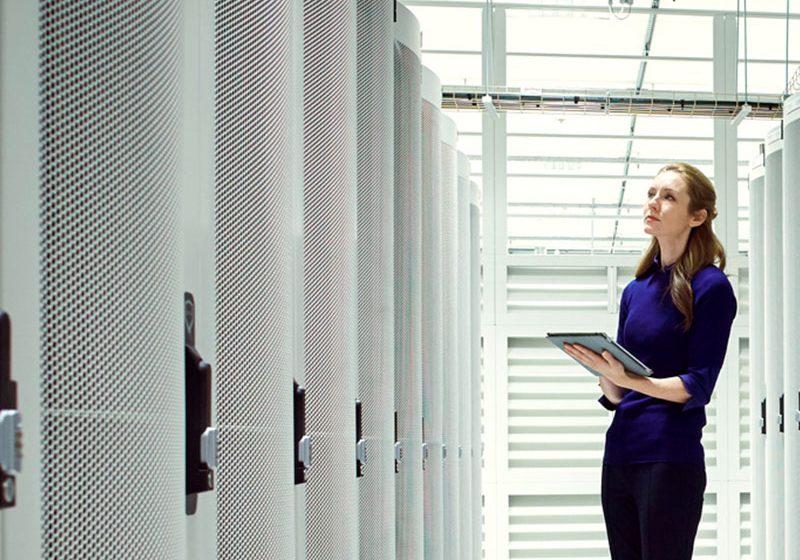 Beneficios del despliegue deInteligencia Artificial y el Aprendizaje Automático en el centro de datos