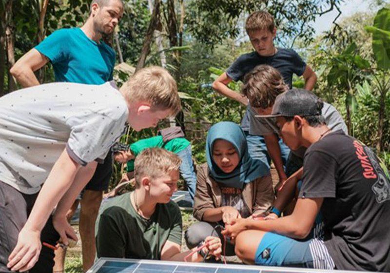 Huawei apoya a Escuela Verde Bali con un inversor líder en energía solar